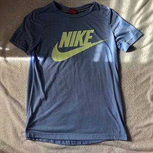 Light blue Nike Short Sleeve Tee